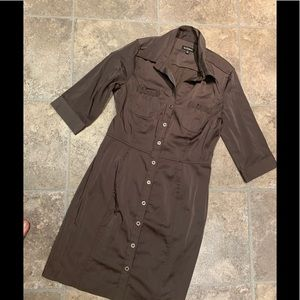 Dress. Le chateau medium    Brown